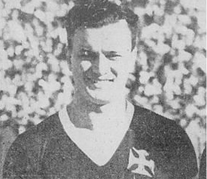 Historiadores contestam a versão de que o nome gandula veio do jogador argentino do Vasco que ia buscar as bolas nos jogos. | /