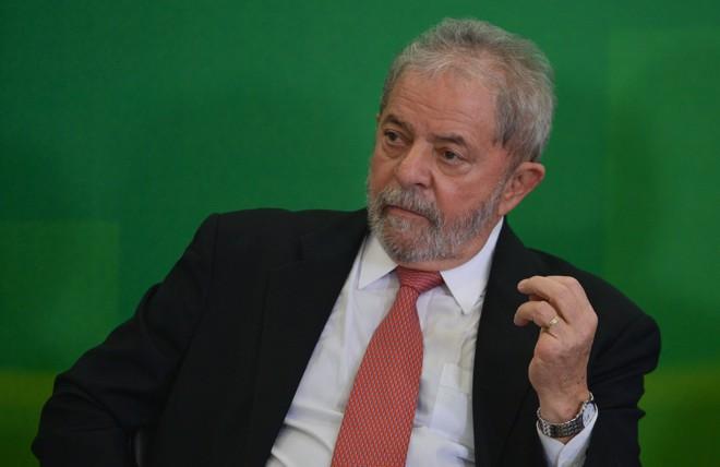 Lula, em conversa grampeada, também afirma que procuradores do MP têm de respeitar os políticos   José Cruz/Agência Brasil