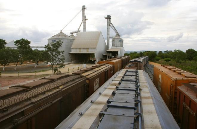 A expectativa é ampliar a participação do modal ferroviário no país nos próximos anos. Mas a expansão só será viável se a estrutura for ampliada e melhorada. | HUGO HARADA/HUGO HARADA