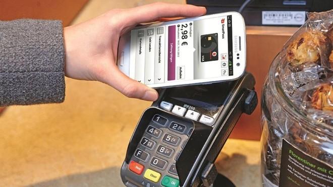 Pagamentos já são feitos usando os smartphones. | Divulgação/