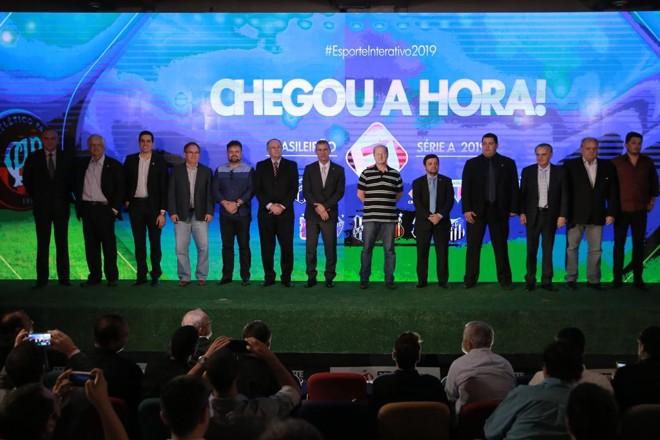 Representantes dos 14 clubes parceiros do Esporte Interativo durante evento no Pacaembu, em São Paulo. | Divulgação/Esporte Interativo