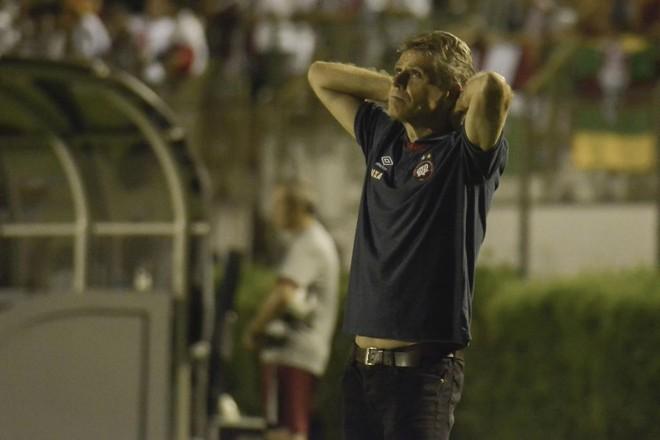 Ao contrário dos jogadores, o técnico Paulo Autuori evitou colocar mais pressão no time para a disputa do Estadual. | André Fabiano/Código 19/Folhapress