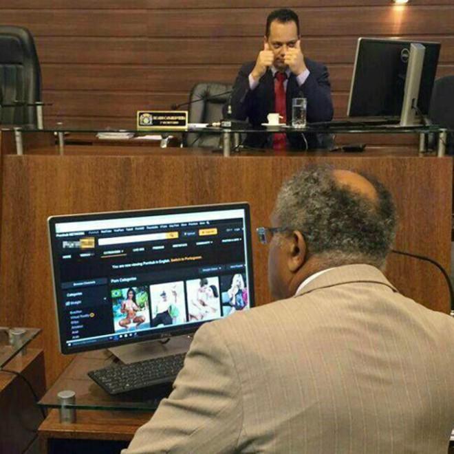 Assessoria do parlamentar catarinense disse se tratar de um vírus.   Reprodução/Facebook