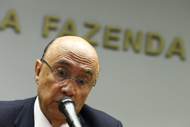 Henrique Meirelles, ministro da Fazenda, defende que o reajuste não deve servir de indexador para outros benefícios. | Marcelo Camargo/Agência Brasil