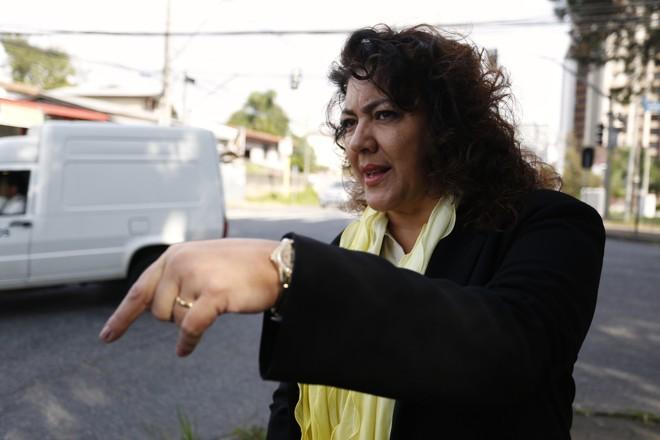 Christiane Yared, no local da morte do filho: caso completa sete anos neste sábado (7) e não há expectativa para o julgamento | Henry Milleo/Gazeta