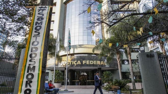 Justiça Federal,  de  onde despacha o juiz Sergio Moro, é um dos pontos visitados durante o tour | Daniel Castellano/Gazeta do Povo