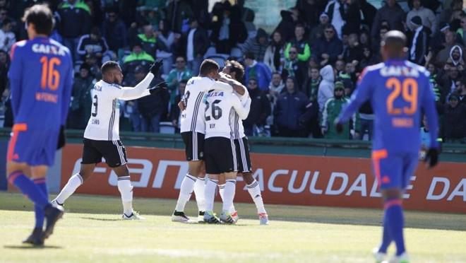Ruy abriu o placar para o Coritiba contra o Sport no Couto Pereira. | Antônio More/Gazeta do Povo