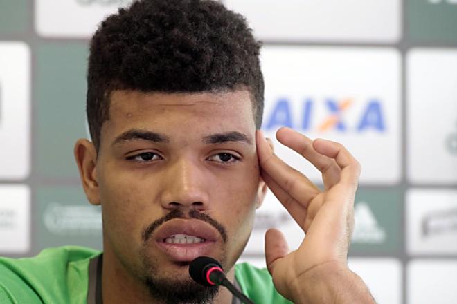 Não foi a primeira vez que Juninho virou alvo de assédio de outros clubes. Em maio, o Flamengo tentou a contratação. | Albari Rosa/Gazeta do Povo