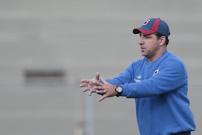 Treinador Marcelo Martelotte admite frustração com resulta contra o Criciúma, mas diz que revés não afetará time | Albari Rosa/Gazeta do Povo