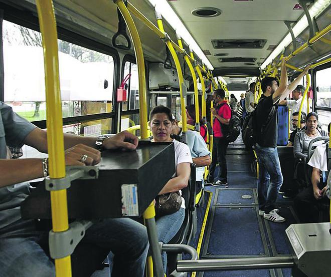 Desde 1995, o sistema do transporte coletivo de Curitiba perde passageiros. | Antônio More/Gazeta do Povo
