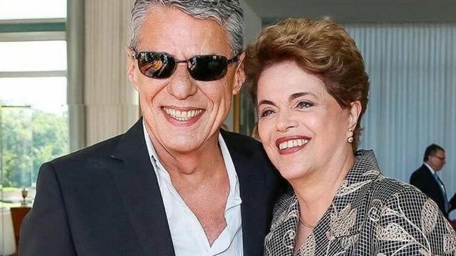 Chico Buarque  e Dilma Rousseff | Partido dos Trabalhadores/Reprodução Facebook