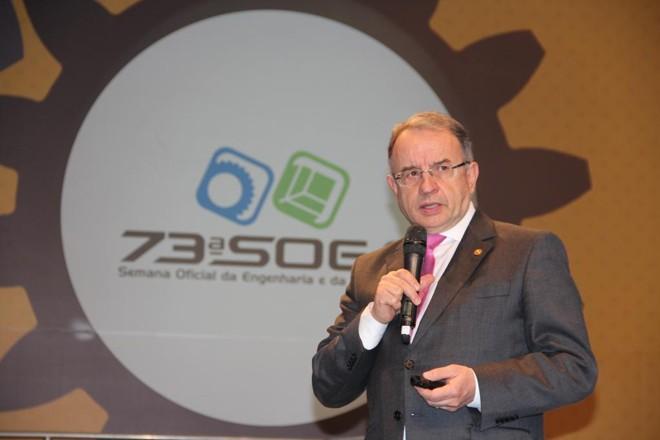 Presidente da CBIC José Carlos Martins destacou a importância de investimentos no setor para a geração de empregos | Crea-PR/Divulgação