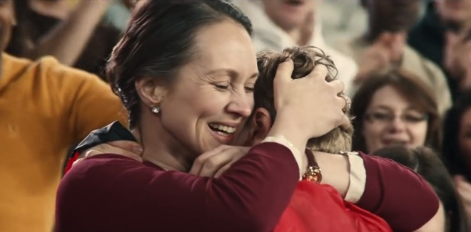 Vídeo da marca P&G, que mostra a importância do apoio materno aos atletas, atingiu mais de 20 milhões de visualizações no Youtube. | Reprodução/Youtube P&G (Protect & Gamble)