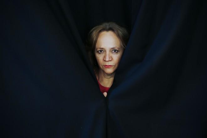 Goretti Bussolo: estuprada na infância, vítima de outro abuso sexual aos 18 anos e  de 19 agressões físicas do marido em 15 anos de relacionamento. | Daniel Castellano/Gazeta do Povo