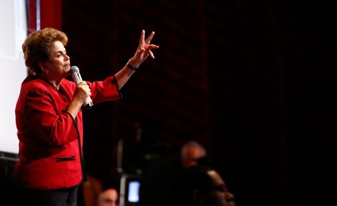 Apresidente afastada discursou por cerca de quarenta minutos no Circo da Democracia | Daniel Castellano/Gazeta do Povo