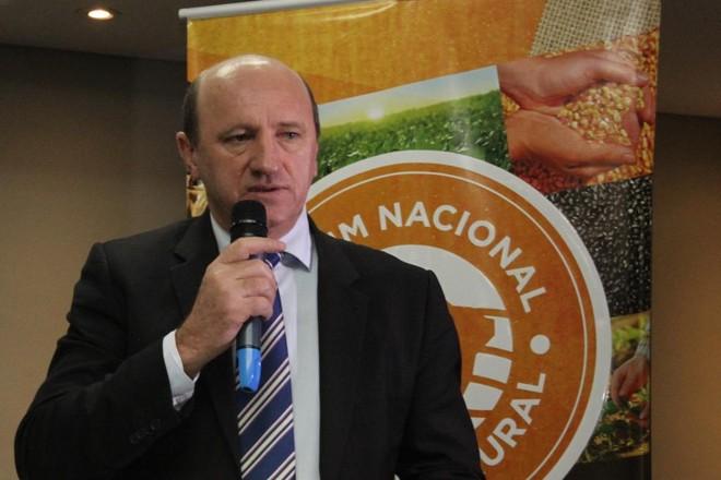 No total, R$ 400 milhões estão garantidos para a safra 2016/17, segundo o secretário de Política Agrícola Neri Geller | Divulgação/Faep