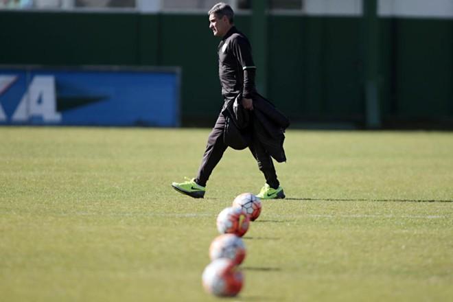 O técnico Carpegiani já comandou o Coritiba em 10 partidas: 5 vitórias, 3 empates e 2 derrotas. | Albari Rosa/Gazeta do Povo