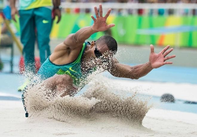 Ricardo Costa levou o ouro no salto em distância para cegos. | SIMON BRUTY FOR OIS/AFP