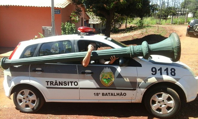 Polícia conseguiu recuperar o poste | Reginaldo Tinti / Anuncifácil