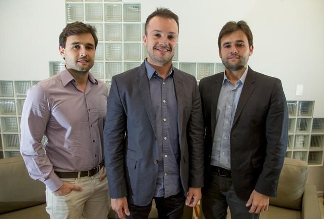 Socios na construtora Pride, Thiago Thibes e os irmaos Leandro e Leonardo Manenti | Hugo Harada/Gazeta do Povo