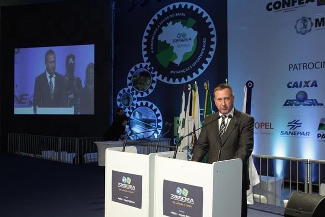 O engenheiro civil Joel Krüger, presidente do Conselho Regional de Engenharia e Agronomia do Paraná (Crea-PR) | Divulgação/