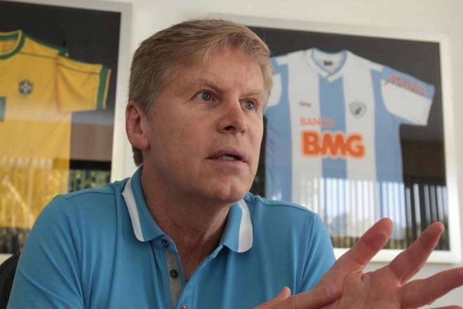 Sérgio Malucelli era contra o Londrina na Primeira Liga | Gilberto Abelha/Jornal de Londrina