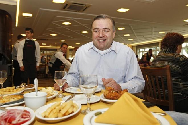 Ney Leprevost admite que não resiste à polenta. Ele conta como um programa de rádio o aproximou da política. | Antônio More/Gazeta do Povo