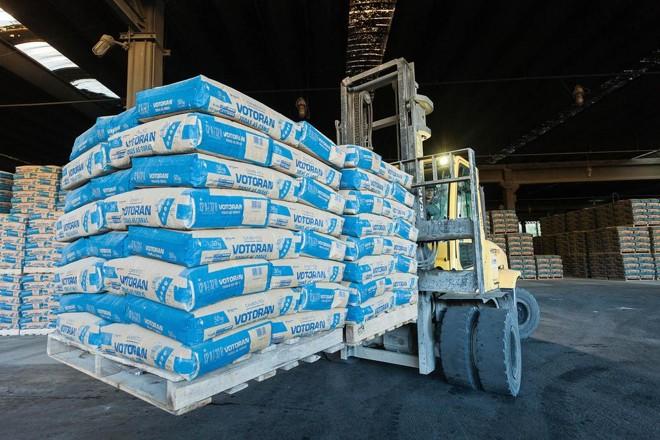 Votorantim é uma das  maiores empresas  do setor no mundo, com capacidade produtiva de cimento de 54,5 milhões  de toneladas por ano. | Divulgação