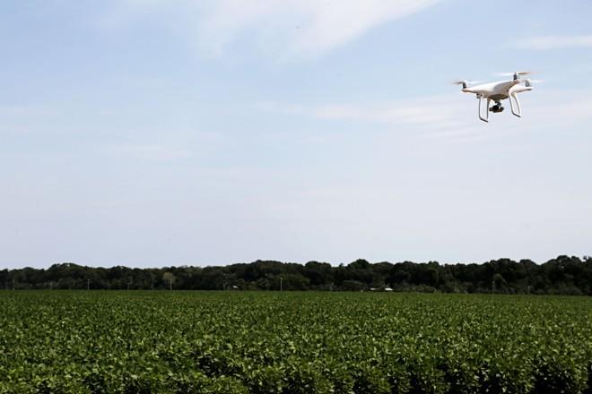 Expedição Safra encontrou produtores com lavouras cada vez mais com recursos digitais para auxiliar na tomada correta de decisões.   Felipe Rosa /Gazeta do Povo