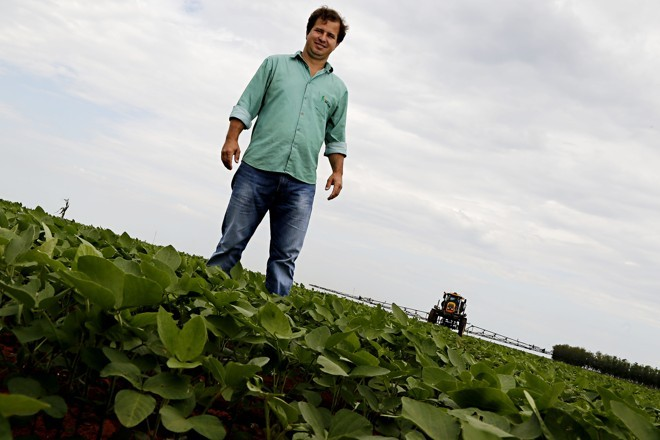Em Campo Novo do Parecis, a safra de soja nunca começou tão cedo, como contou o produtor Marcos Ortolan.   Felipe Rosa /Gazeta do Povo