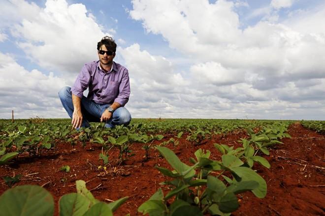 Jalél Augeri Bertoti, produtor rural de Rio Verde, vai apostar seus 485 hectares na segunda safra, mas ainda não sabe quanto será de milho e quanto terá outras culturas. | Felipe Rosa/TRIBUNA DO PARANA