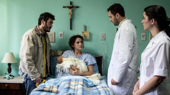 Marcos Veras e Débora Falabella vivem pais em crise após o nascimento do filho com Síndrome de Down | Rosano Mauro Jr/Divulgação