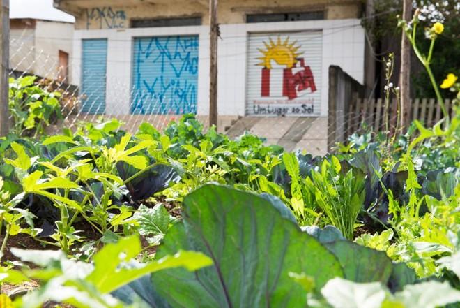 Horta comunitária no Jardim Bela Vista, no Tatuquara, extremo Sul de Curitiba   Fred Kendi/Gazeta do Povo/Arquivo
