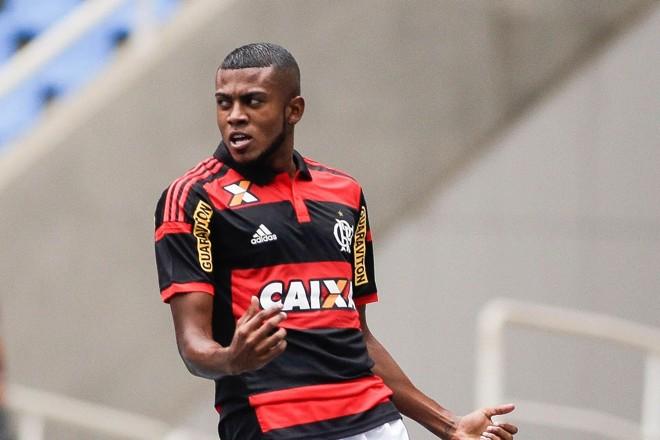 Cirino em ação pelo Flamengo. | /