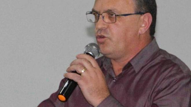 Loir Dreveck (PMDB) foi eleito prefeito de Piên na última eleição. | Reprodução/Facebook