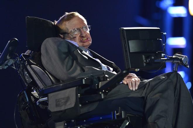 "Em ensaio para o ""The Guardian"", físico Stephen Hawking | dan/LEON NEAL"