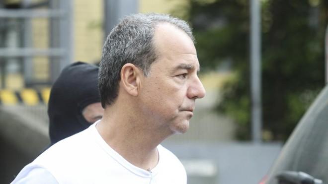 Sérgio Cabral (PMDB) teria recebido pelo menos R$ 2,7 milhões em propinas da Andrade Gutierrez.   Rodrigo Félix/Gazeta do Povo