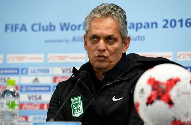 O técnico do Nacional de Medellín, Reinaldo Rueda, durante entrevista no Japão. | Toshifumi Kitamura/AFP