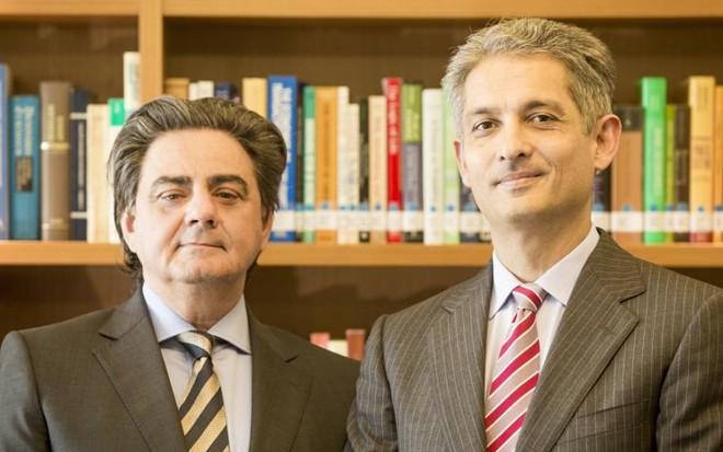 Renato Geraldo Mendes e Egon Bockmann lançam livro em que defendem que a inexigibilidade de licitação é um dever do administrador público. | Hugo Harada/Gazeta do Povo