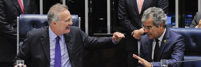 Renan Calheiros (à esq.)e Jorge Viana, na Mesa do Senado | Edilson Rodrigues/Agência Senado