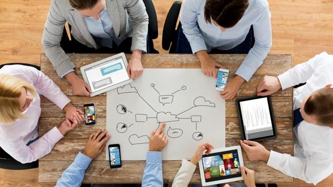 Organização dos dados para cadastro é uma ação multidisciplinar realizada pelas empresas  que requer tempo | BigStockPhoto/