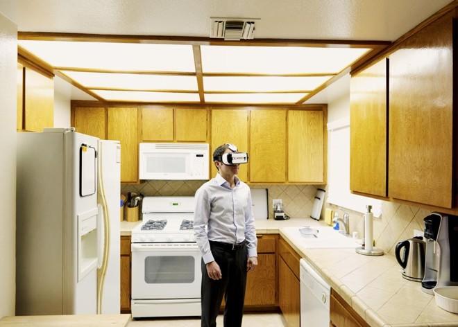 Alex Rosenfeld,fundador da Vrideo, uma startup que atua como um hub similar ao Youtube, as para vídeos de realidade virtual | Jake Michael/NYT