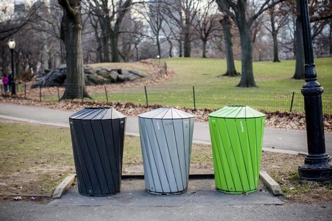 Como manter um parque limpo mesmo com 42 milhões de visitantes ao ano? O Central Park consegue. | Stephen Speranza/NYT