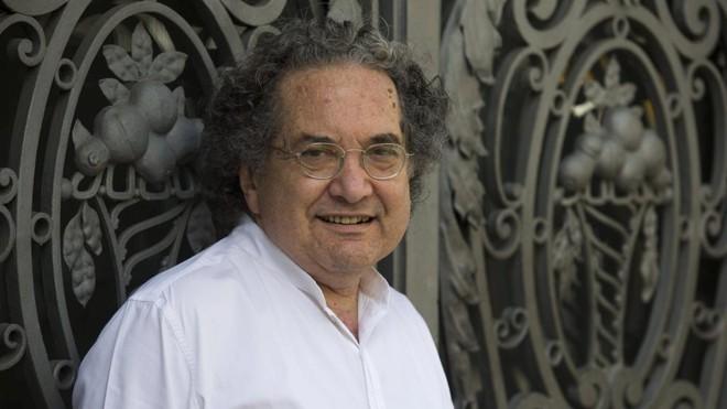 Ricardo Piglia: em 2014 foi diagnosticado com esclerose lateral amiotrófica (ELA), doença que ataca os neurônios controladores dos movimentos musculares | Alejandro García/EFE