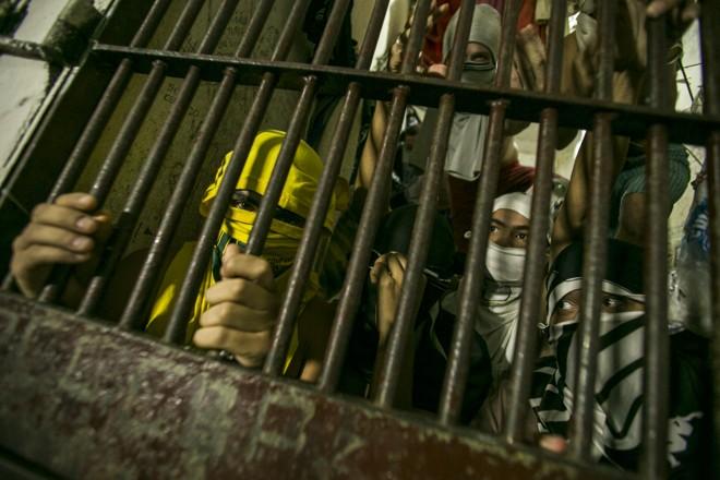 Um dos objetivos da proposta é evitar o encarceramento desnecessário de pessoas que cometem crimes não violentos e acabam dentro dos presídios arregimentados pelo crime organizado | Marcelo Andrade/Gazeta do Povo