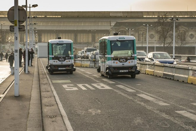 Paris testará vans elétricas e sem motorista, gratuitamente, até o próximo dia 7 de abril. | François Grunberg/Mairie de Paris/Divulgação