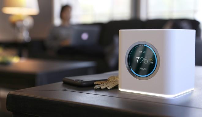 O AmpliFi, da Ubiquiti Networks, é um roteador que ganhou design moderno, lembrando um relógio digital | Divulgação/Ubiquiti Networks