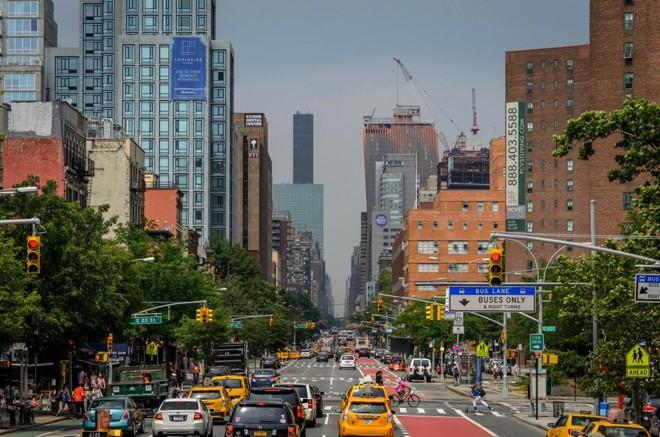 Algoritmo do MIT aposta no gerenciamento da carona compartilhada em tempo real como solução definitiva para o trânsito das cidades. Em Nova York (foto), 3 mil Ubers dariam conta do recado. | Petar Maksimovic/Creative Commons (http://bit.ly/1mhaR6e) /
