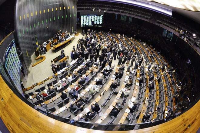 Plenário da Câmara dos Deputados: políticos tentam escapar da Lava Jato. | Waldemir Barreto/Agência Senado