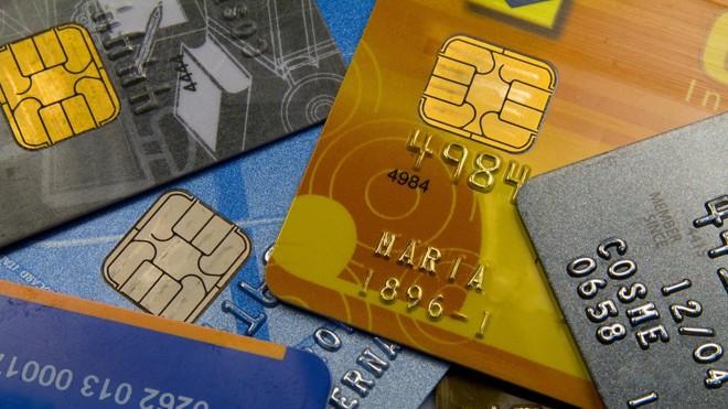 Novas regras do rotativo do cartão podem aumentar valor mínimo da fatura. Mudanças começam a partir de 3 de abril. | Marcos Santos/USP Imagens